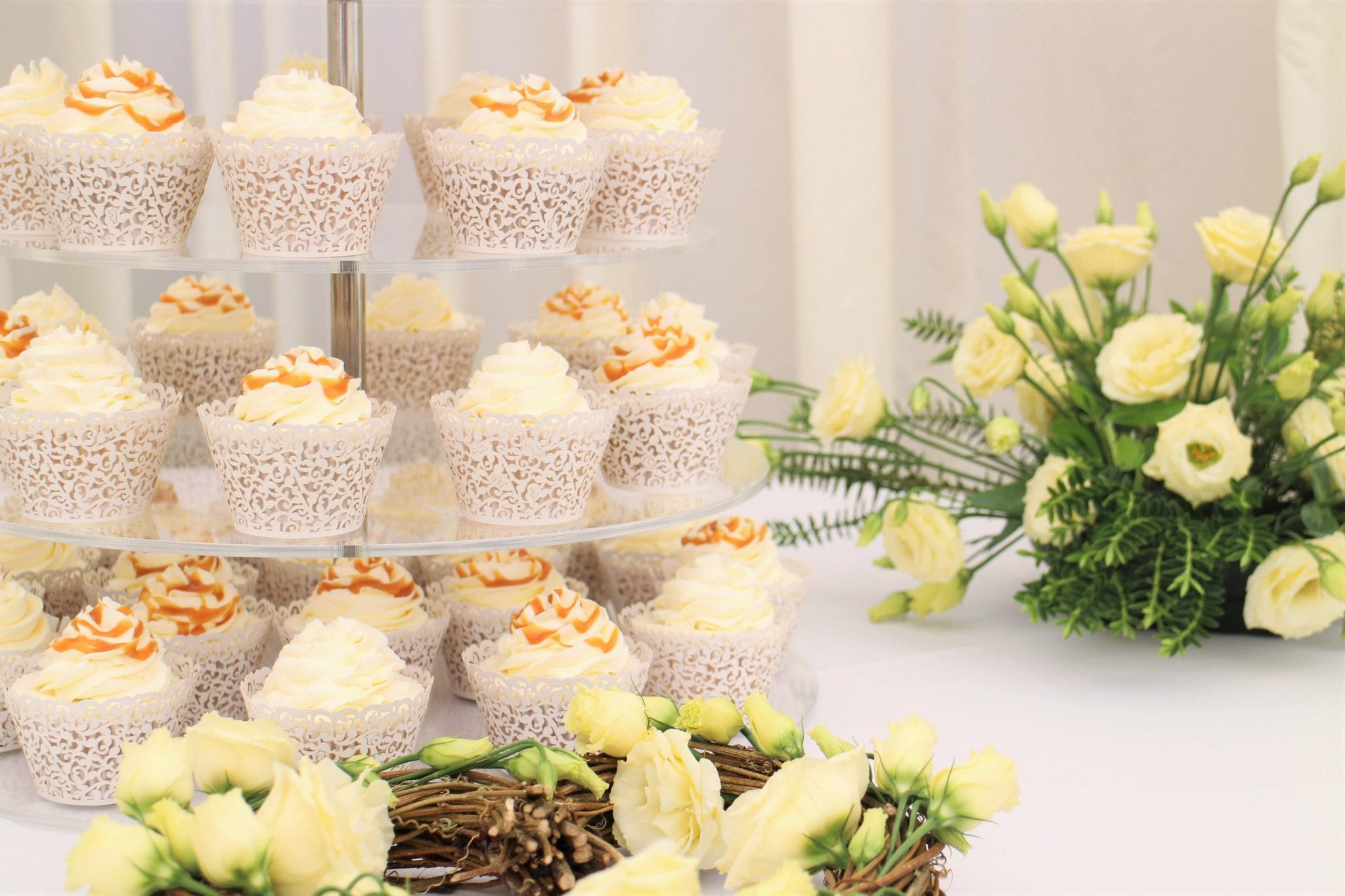 How To Set Up A Cupcake Tower - Simple, easy instructions